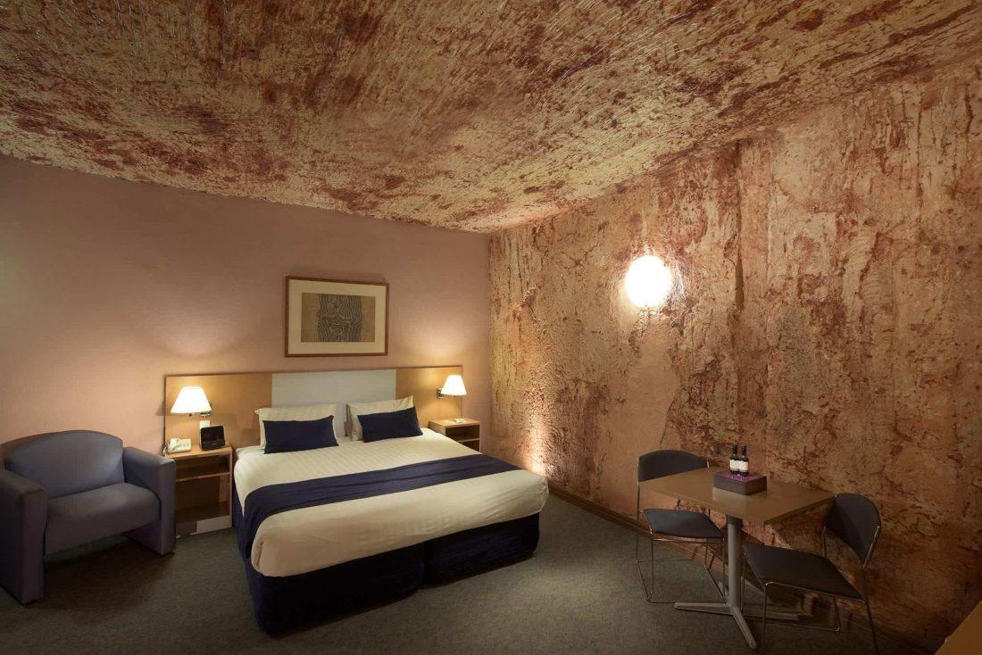 128149 SA Media Gallery Desert Cave Hotel