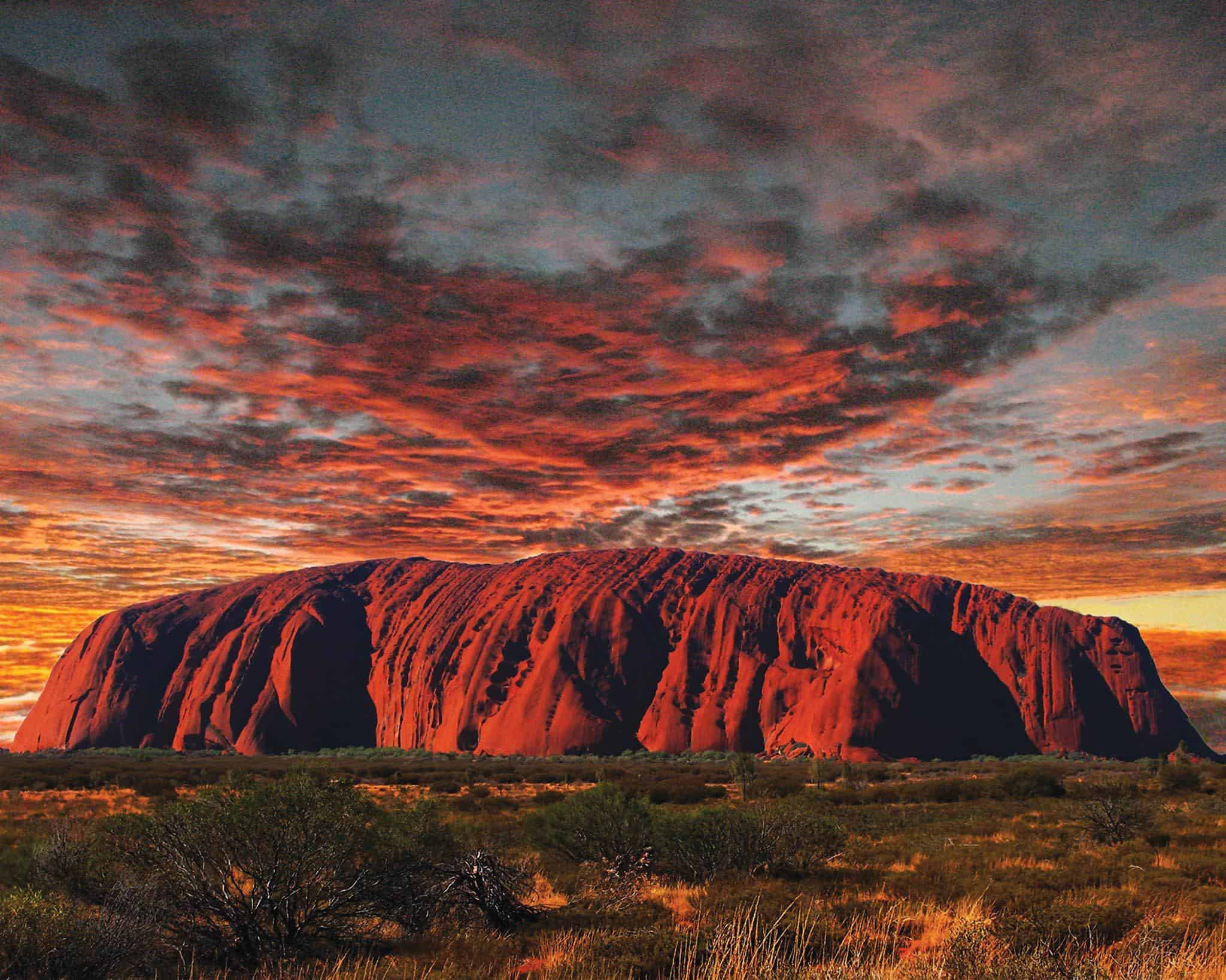 Uluru, Kirkhope Aviation