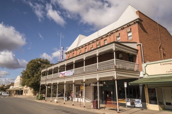 The Palace Hotel, Broken Hill - photo by Destination NSW