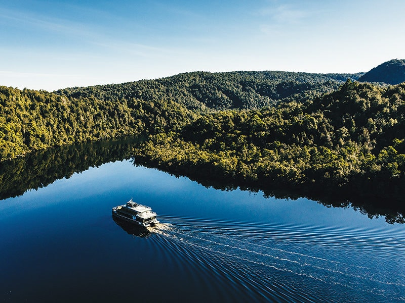 Gordon River Cruise CR RACT Destinations 133357 56