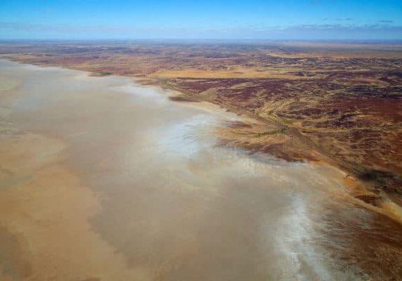 125381 Kirkhope Aviation SA Media Gallery Lake Eyre